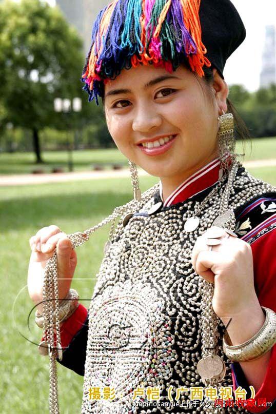56个民族的精美服饰